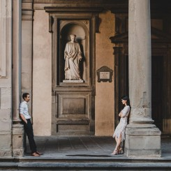 International Society of Wedding Photographers blog - Engagement Photo Shoot In Florence