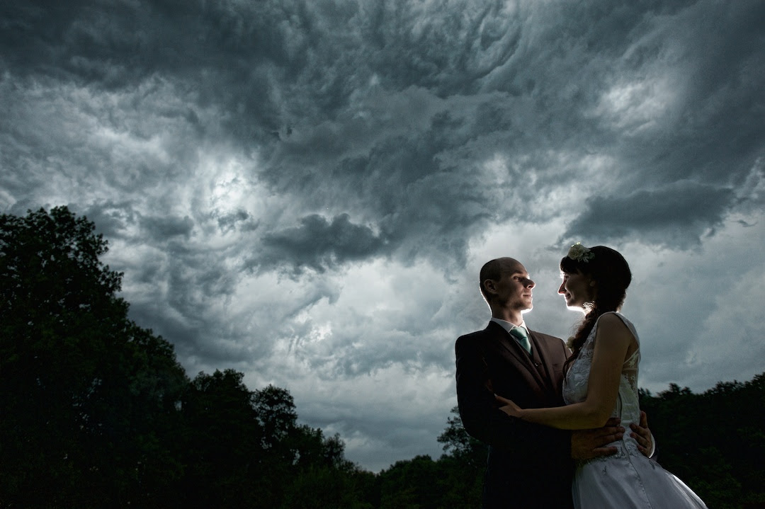 Bad Wedding Photos.How To Get Beautiful Wedding Photos In Bad Weather Ispwp