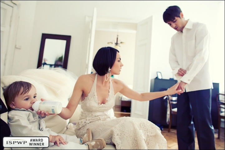 Wedding Photography Contest Winner - 1st Place: GETTING READY - 5czwartych | 5fourths documentary photojournalism