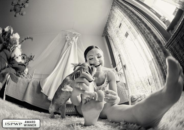Wedding Photography Contest Winner - 1st Place: GETTING READY - Liliya Gorlanova