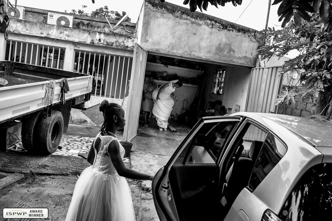 Wedding Photography Contest Winner - 1st Place: Getting Ready - Christophe Viseux