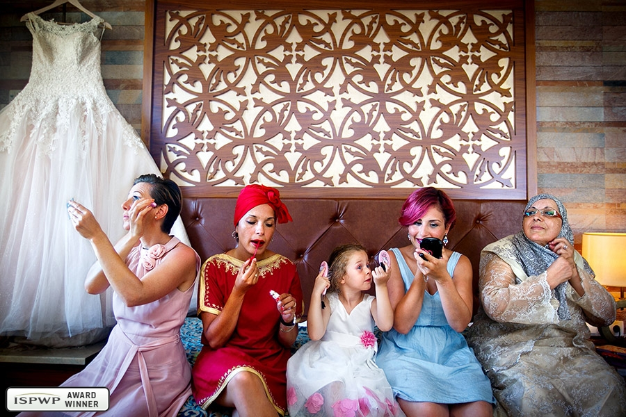 Wedding Photography Contest Winner - 1st Place: GETTING READY - RAMAN-PHOTOS