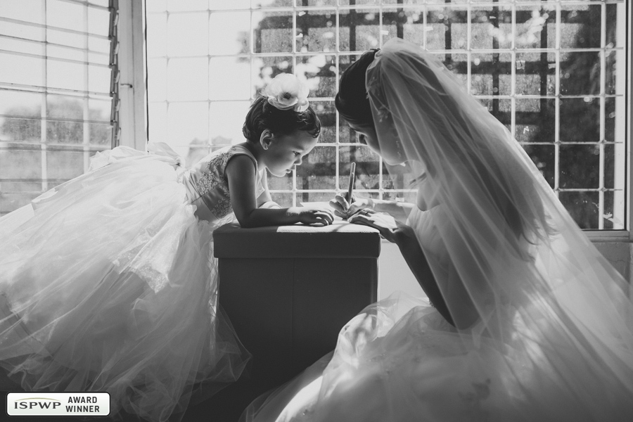 Wedding Photography Contest Winner - 1st Place: GETTING READY - Lili Del Angel | Del Angel Photography