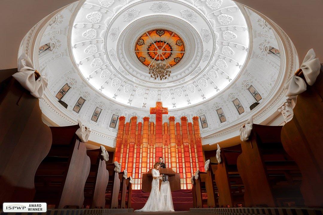 Yu-Jing Chiu (Kris Chiu), Taichung City, Taiwan wedding photographer