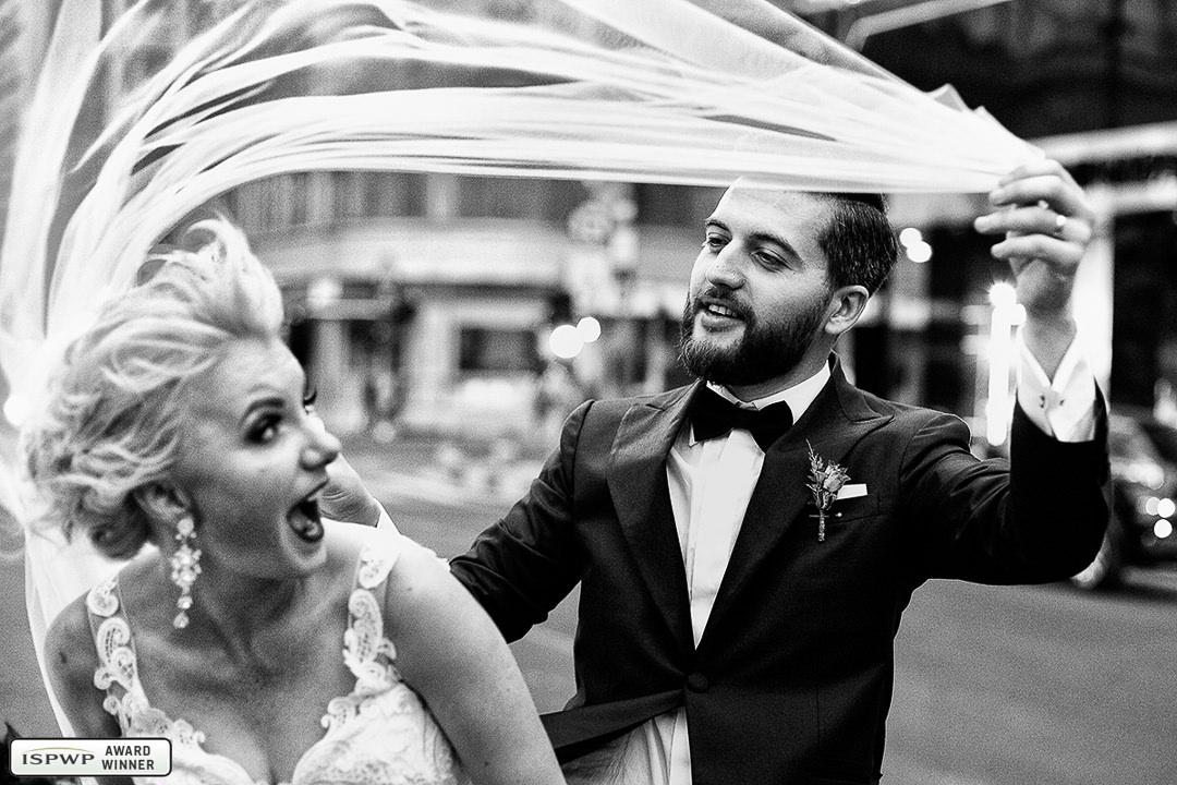 Daniela Zaharia, Bucharest, Romania wedding photographer