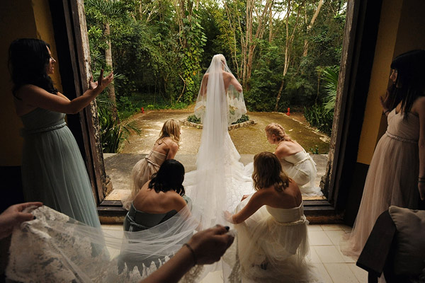 Wedding photography contests - Winter 2010 - 2nd Place, Daniel Aguilar Photographer