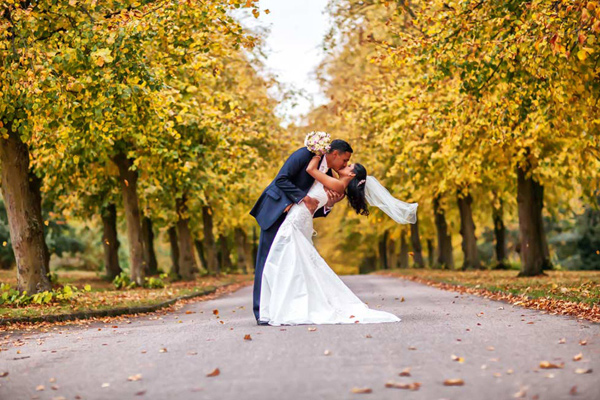 Best wedding photographers in united kingdom: Snapz Photography
