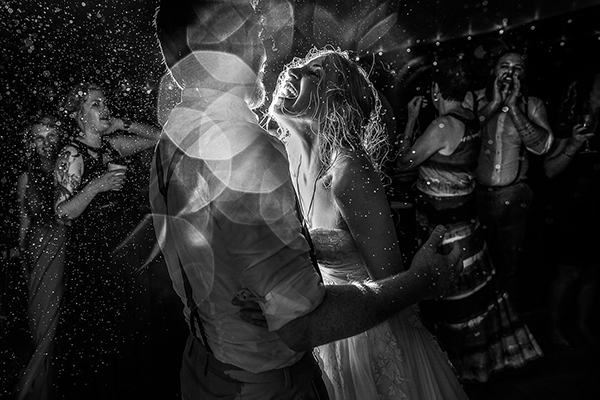 Wedding photography contests - Spring 2011 - 20th Place, JOS studios