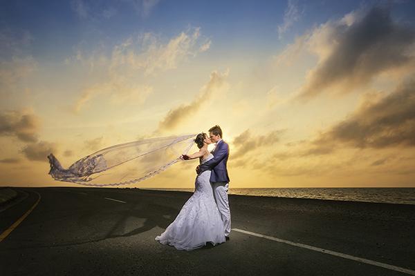 Best wedding photographers in Atlanta, Georgia: Xpress Books