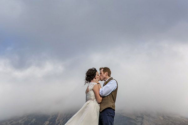 Best wedding photographers in united kingdom: Lynne Kennedy Photography