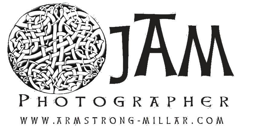 Best wedding photographers in france: JAM Weddings