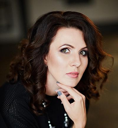 Best wedding photographers in france: Kseniya Emelchenko Photography