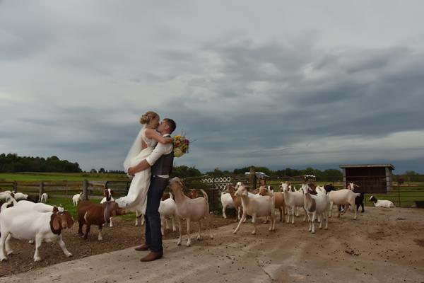 Toronto, Ontario Wedding Photographer - Creative Inspirations Photography