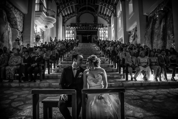 Best wedding photographers in Mexico: Alan Fresnel - Destination Wedding Photographer