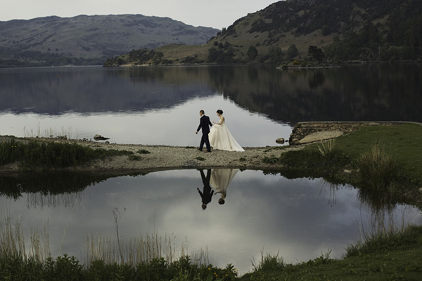 Best wedding photographers in united kingdom: Lloyd-Clarke Photography