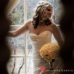International Society of Wedding Photographers blog - Real Wedding | Graydon Hall Manor, Toronto | Ottawa Wedding Photographer Juan Manuel Garcia