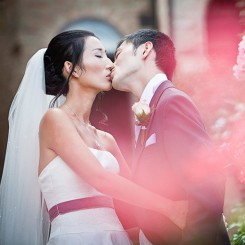 International Society of Wedding Photographers blog - Real Wedding | Castello di Montegridolfo | Italy and UK Wedding Photographer Amy Turner
