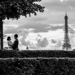 International Society of Wedding Photographers blog - Real Pre-Wedding | Tour Eiffel, Paris | Prague Wedding Photographer Artur Jakutsevich