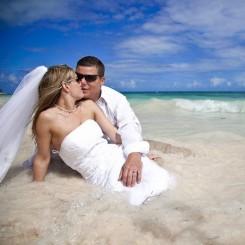 International Society of Wedding Photographers blog - Real Weddings | Melia Caribe Resort | Kristine and Jim | By San Francisco Wedding Photographer IQPhoto