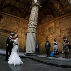 International Society of Wedding Photographers blog - Real Wedding | Palazzo della Signoria, Florence | Tuscany Wedding Photographer Alessandro Baglioni