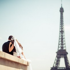 International Society of Wedding Photographers blog - Real Wedding | Champ de Mars Tour Eiffel | Paris Wedding Photographer Jacques Mateos