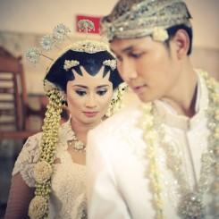 International Society of Wedding Photographers blog - Real Wedding   Balai Sudirman   by Jakarta, Indonesia Wedding Photographer Raymond Hutabarat