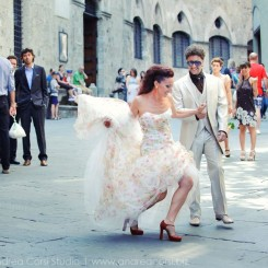 International Society of Wedding Photographers blog - Real Wedding | Villa Boscarello, Trequanda, Siena | Tuscany Wedding Photographer Andrea Corsi
