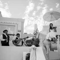 International Society of Wedding Photographers blog - Real wedding at Santorini - Athanasios Papadopoulos / ap photography