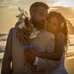 International Society of Wedding Photographers blog - Real Wedding in Zipolite, Oaxaca | San Miguel De Allenda Wedding Photographer Panpa Martinez | Maru & Kevin