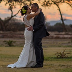 International Society of Wedding Photographers blog - Mary Fer y Greg Vallumbroso S.L.P. Mex Panpa Martinez