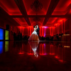 International Society of Wedding Photographers blog - Real Wedding at The Merion | Philadelphia Wedding Photographer Gerard Tomko | Victoria & Carmen