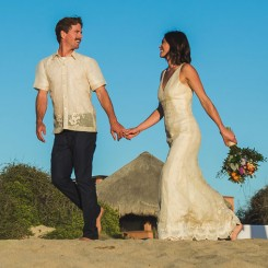 International Society of Wedding Photographers blog - Real Wedding - Todos Santos -  Daniela Ortiz Photography