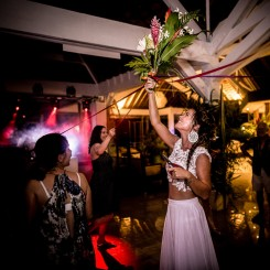 International Society of Wedding Photographers blog - Charlotte and Jeremie - Moorea, Tahiti