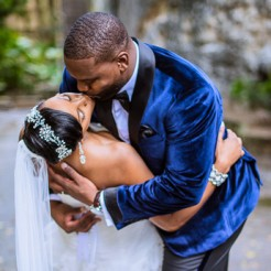 International Society of Wedding Photographers blog - Real Wedding - Meet The Browns Bahamas