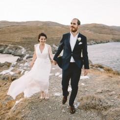 International Society of Wedding Photographers blog - Romantic wedding on the island of Kythnos