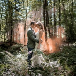 International Society of Wedding Photographers blog - Real Wedding - Forest Wedding Bern - Yvo Greutert