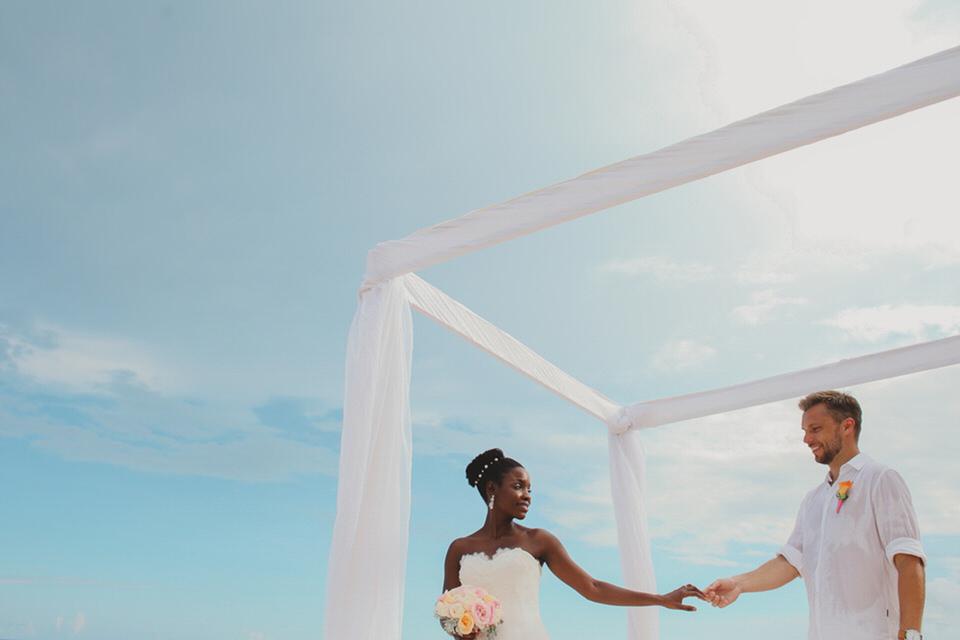Cancun, Mexico Wedding Photographer - Vladimir Liñán
