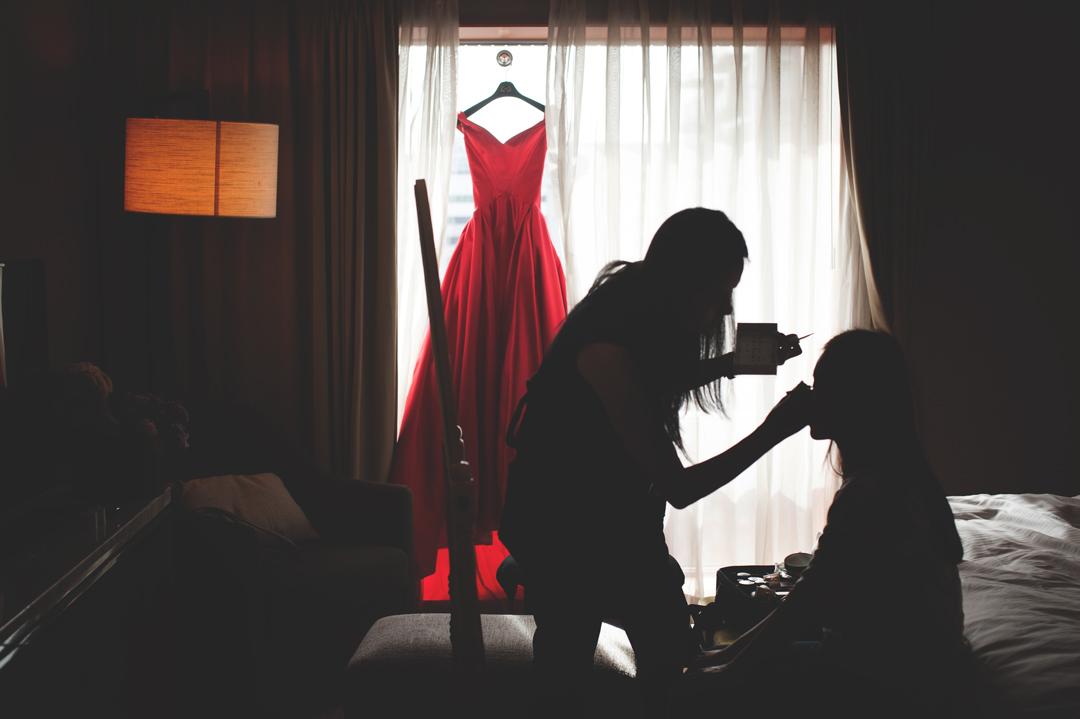 Taipei, Taiwan Wedding Photographer - Touch of the light